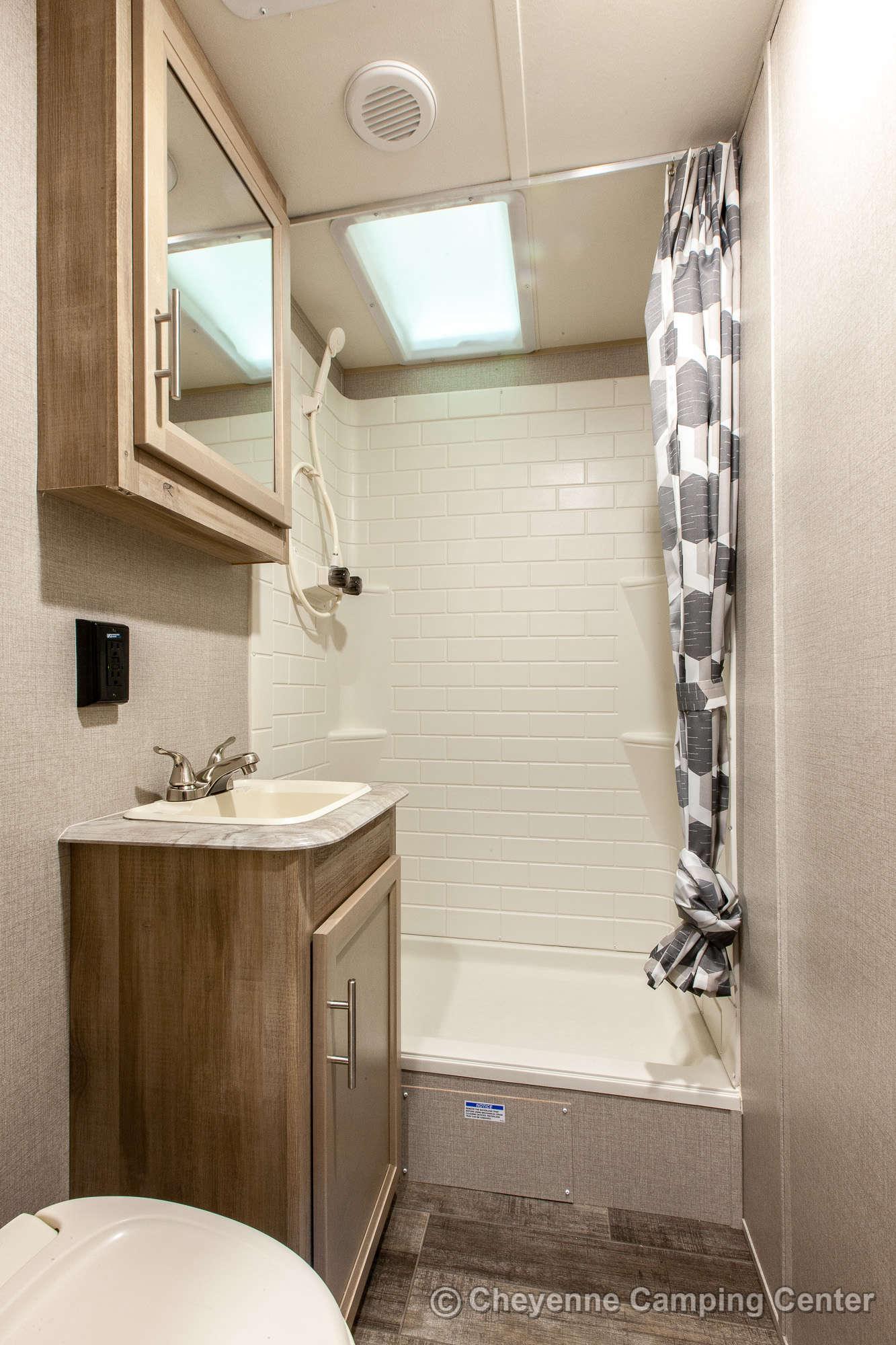 2021 Coachmen Catalina Legacy Edition 303QBCK Bunkhouse Travel Trailer Interior Image