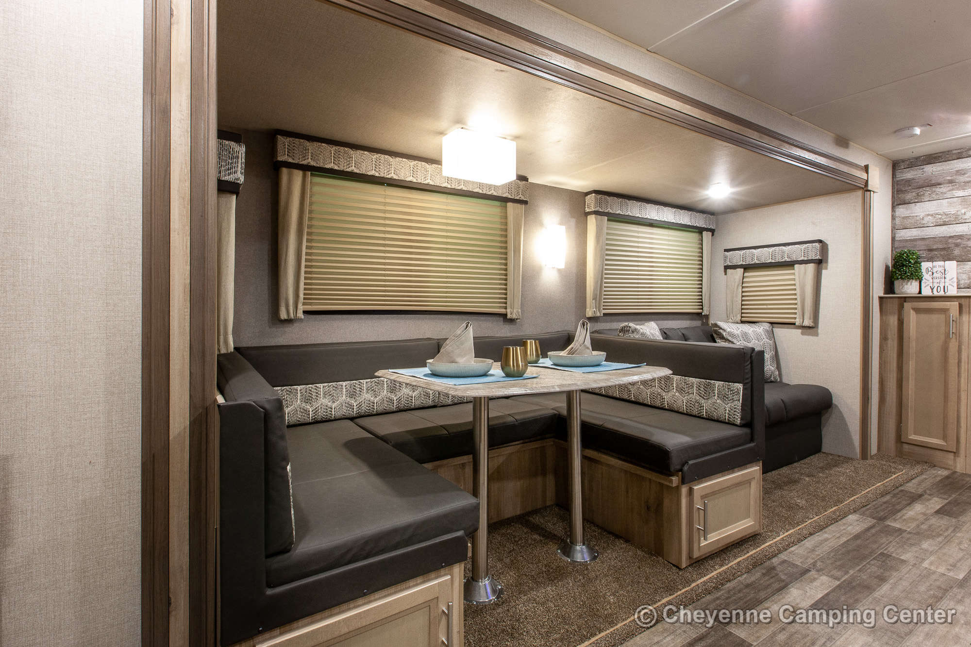 2021 Coachmen Catalina Legacy Edition 323BHDSCK Bunkhouse Travel Trailer Interior Image