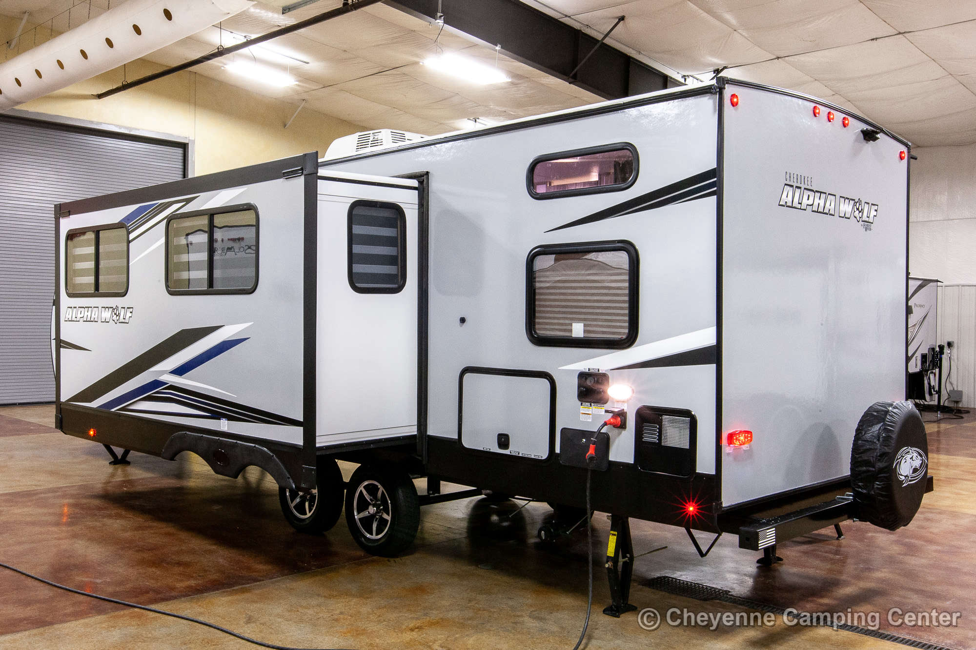 2021 Forest River Cherokee Alpha Wolf 26DBH-L Bunkhouse Travel Trailer Exterior Image