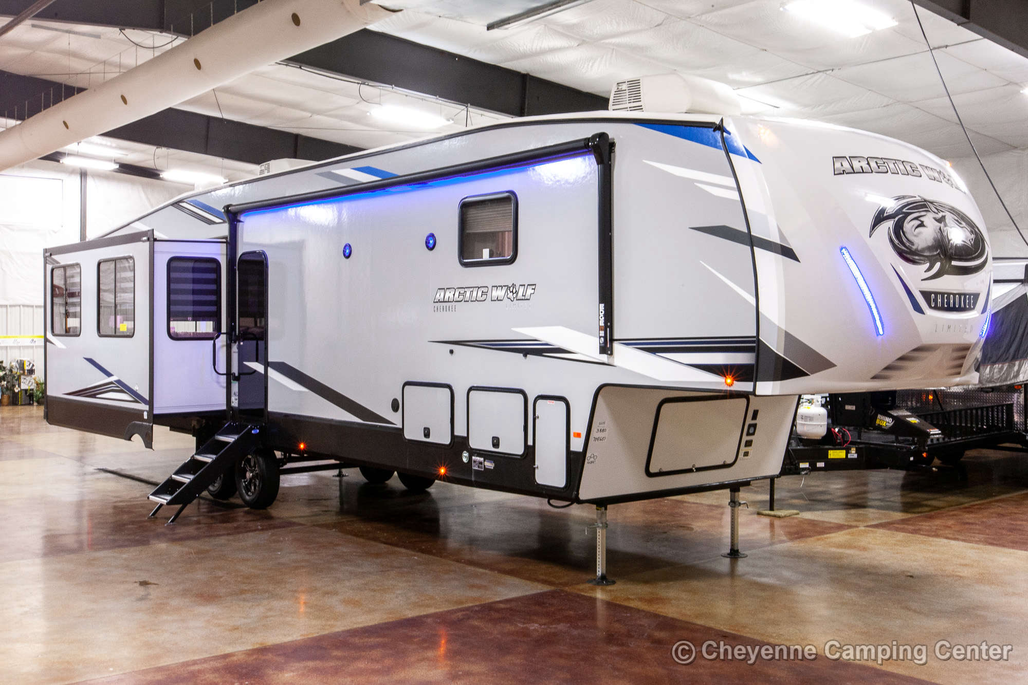 2021 Forest River Cherokee Arctic Wolf 3880SUITE Bunkhouse Fifth Wheel
