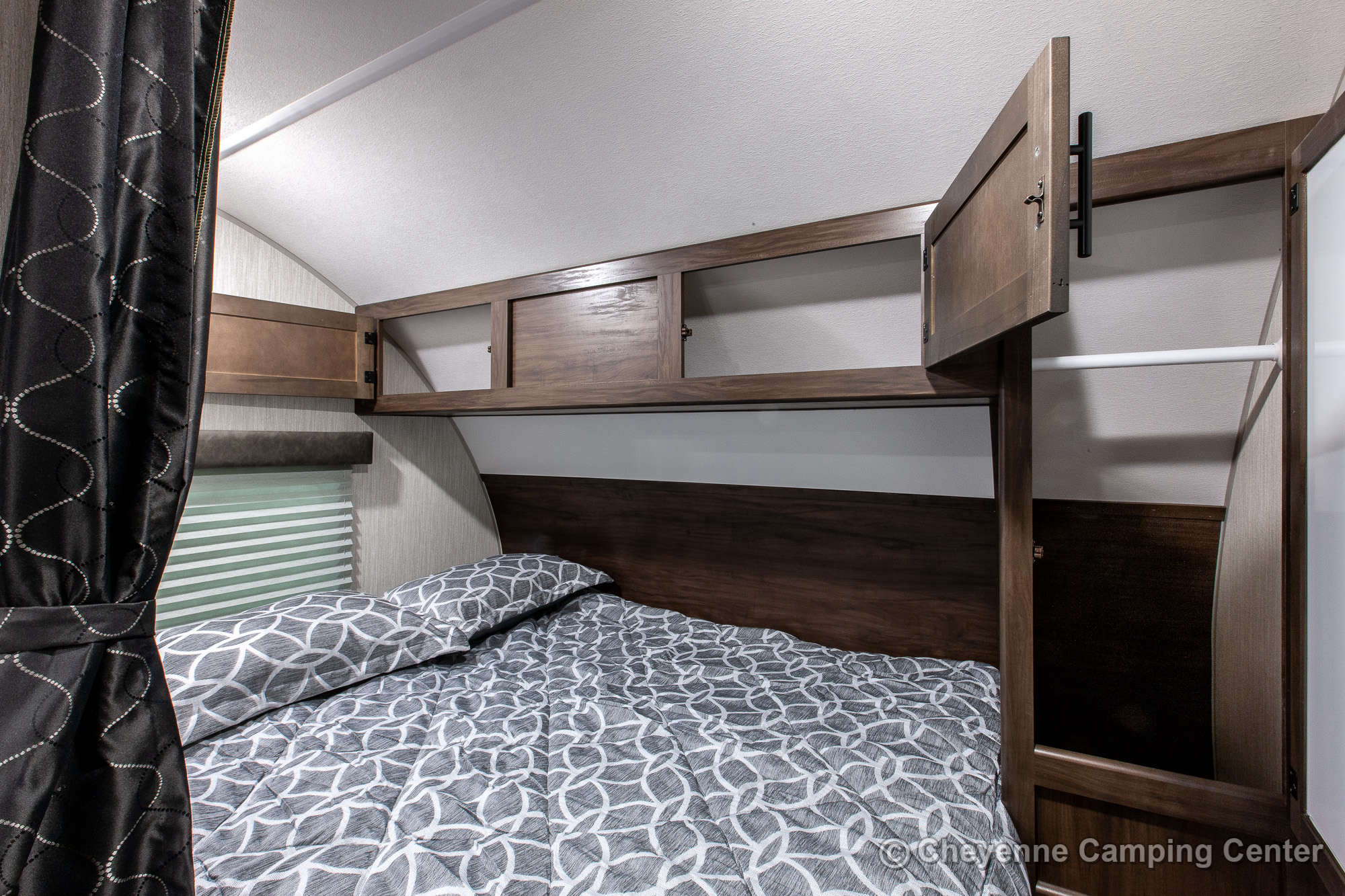 2020 Forest River Cherokee Grey Wolf 19RR Toy Hauler Travel Trailer Interior Image