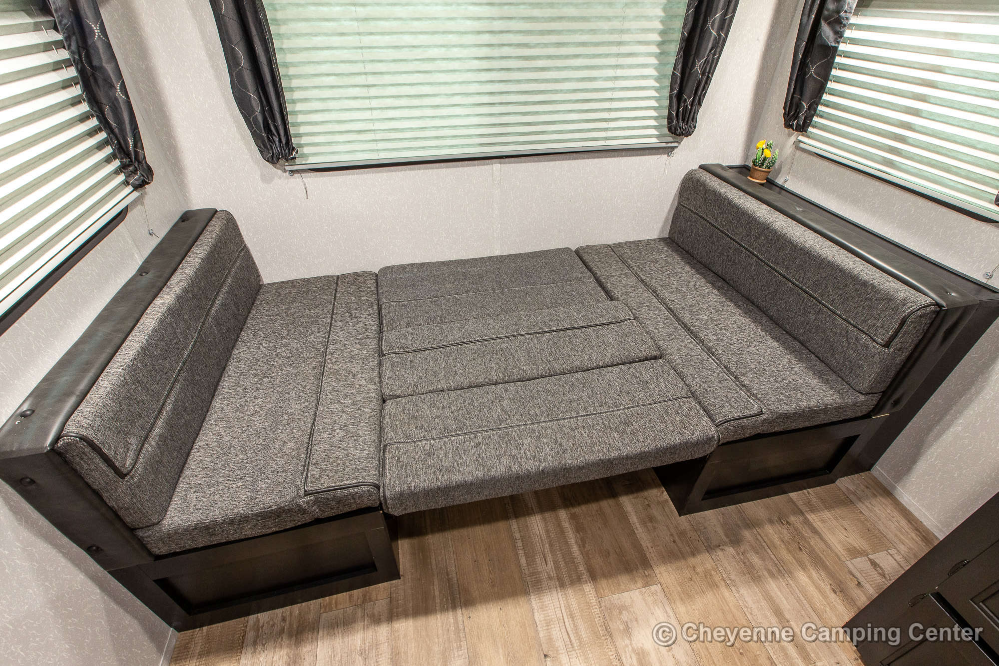 2021 Forest River Cherokee Grey Wolf 20RDSE Travel Trailer Interior Image