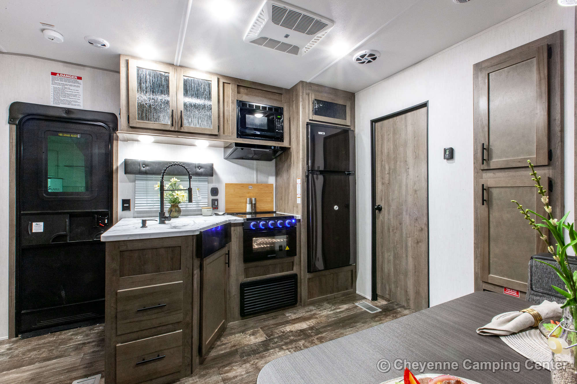 2022 Forest River Cherokee Wolf Pack 25PACK12 Bunkhouse Toy Hauler Travel Trailer Interior Image