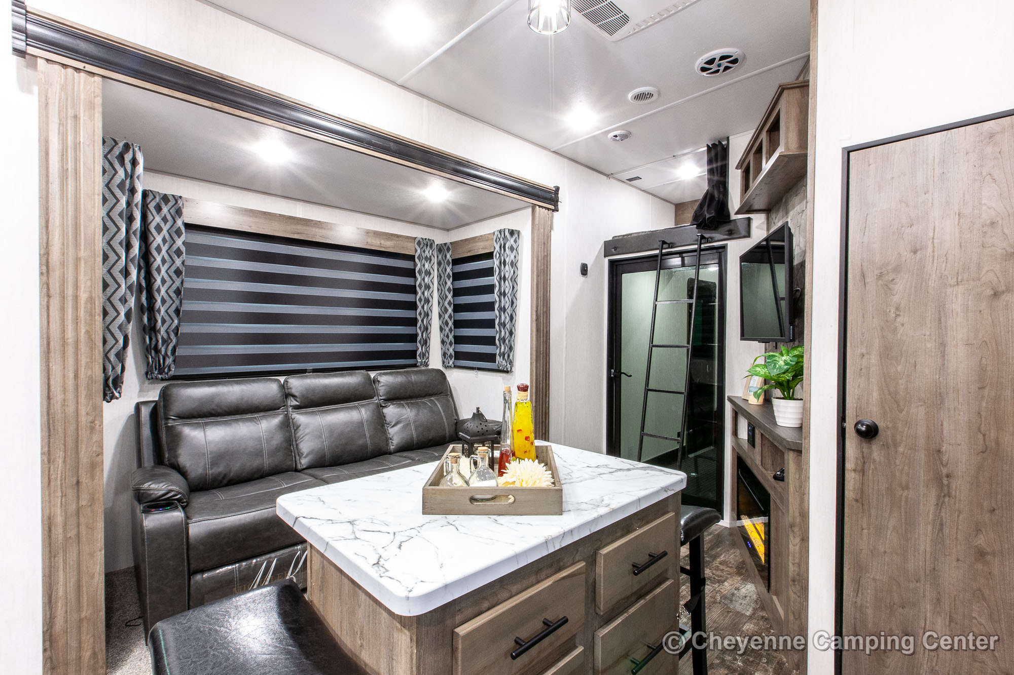 2022 Forest River Cherokee Wolf Pack 355PACK14 Bunkhouse Toy Hauler Fifth Wheel Interior Image
