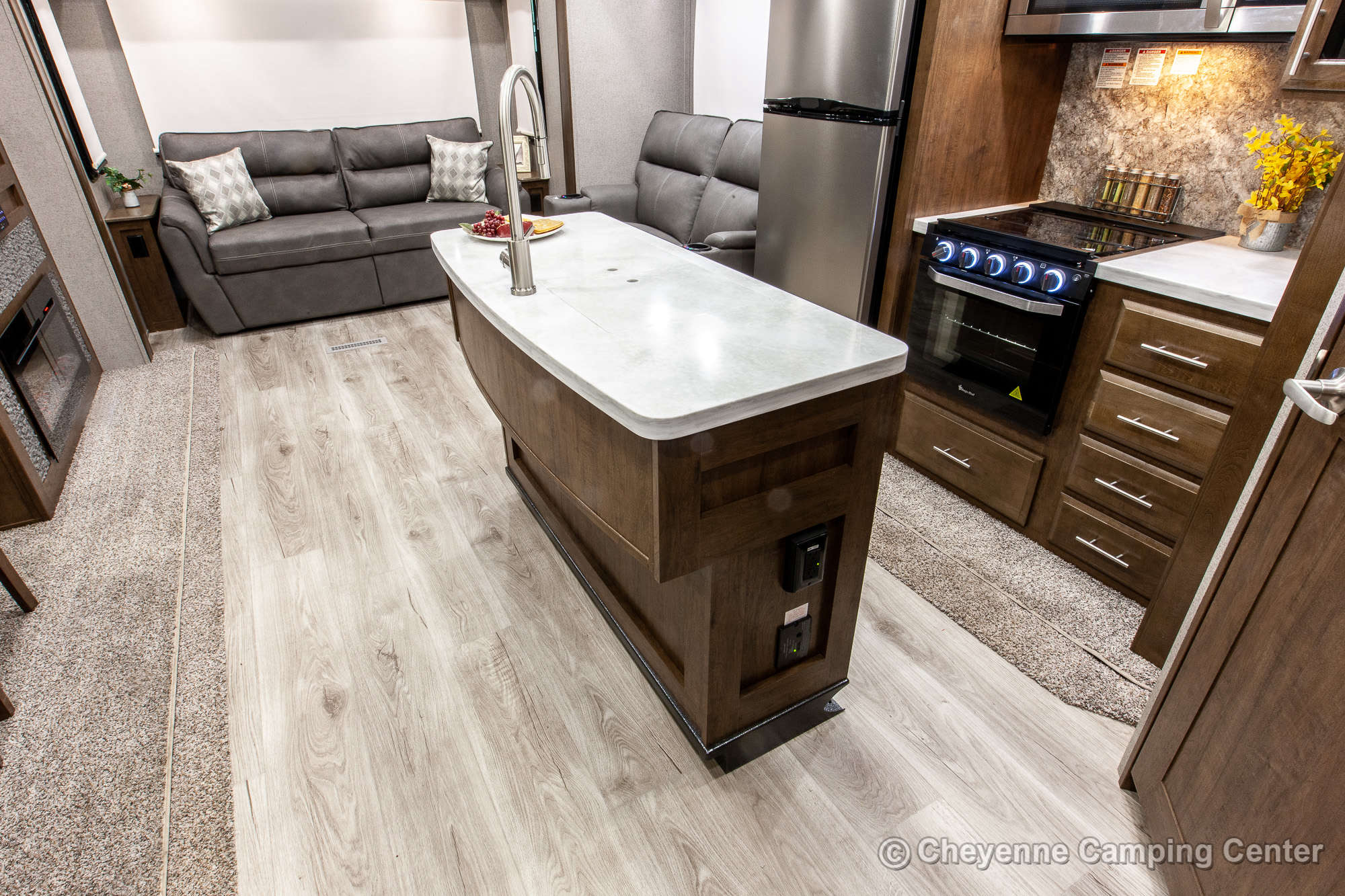 2021 Forest River Classic by Flagstaff 8529CSB Fifth Wheel Interior Image