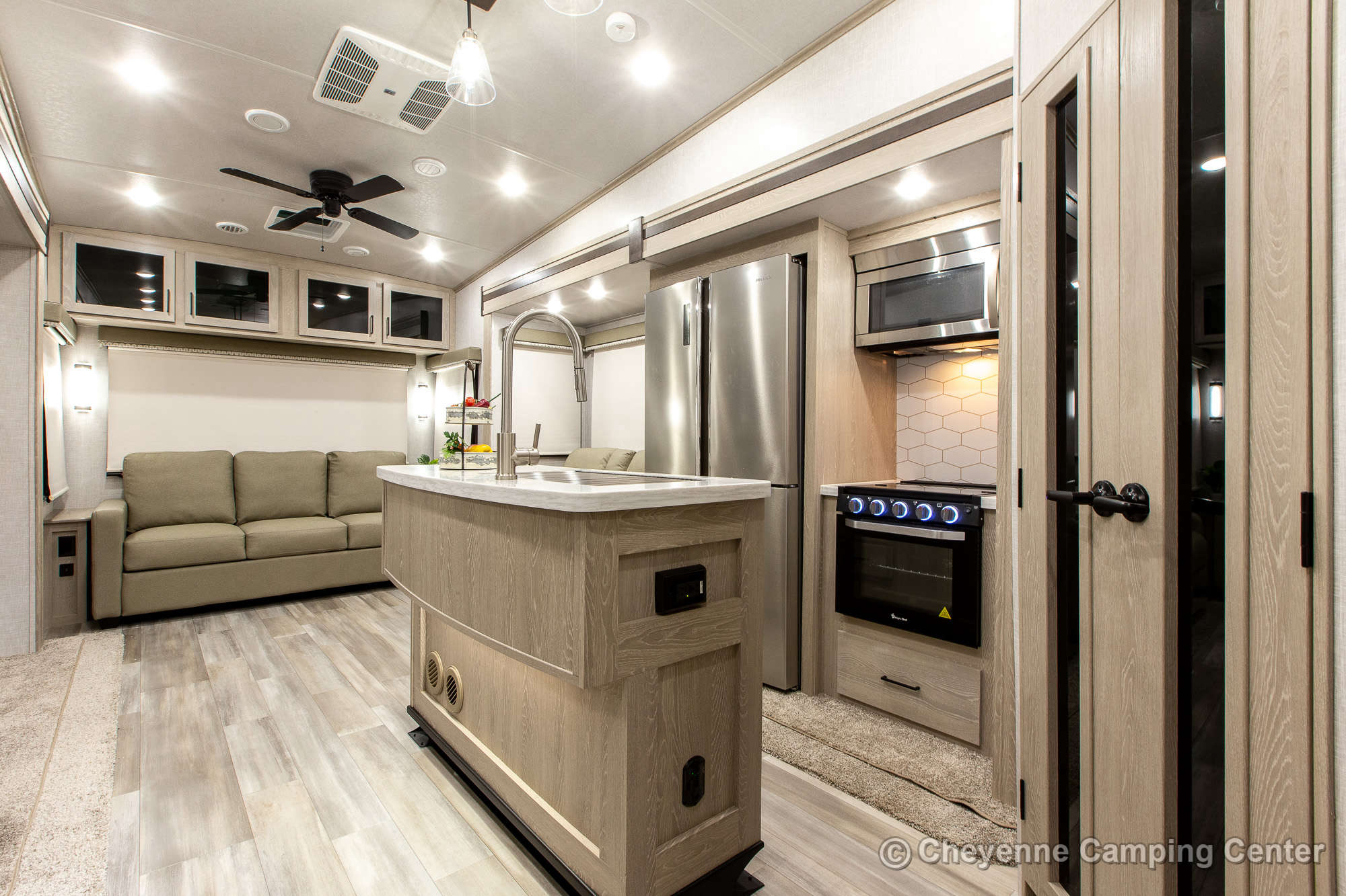 2022 Forest River Classic by Flagstaff 8529CSB Fifth Wheel Interior Image
