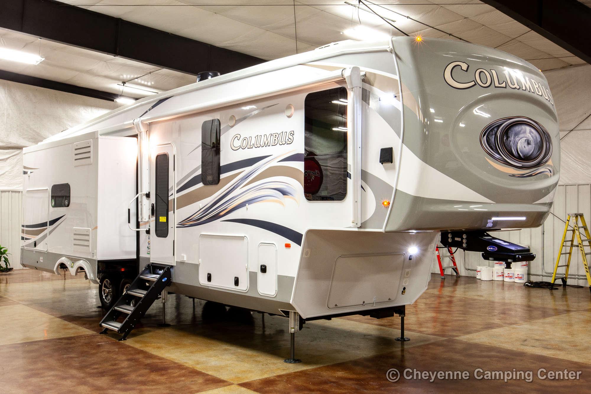 2020 Palomino Columbus 328RL Fifth Wheel