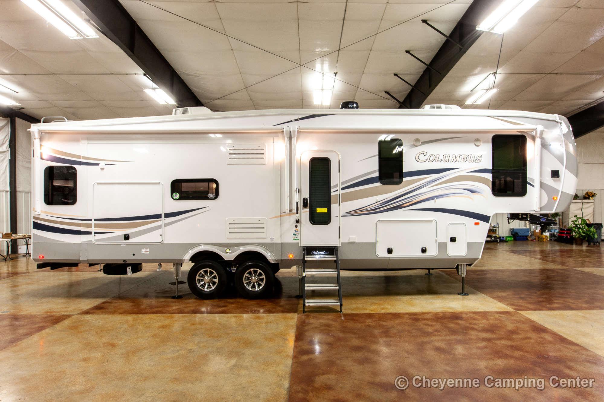 2020 Palomino Columbus 328RL Fifth Wheel Exterior Image