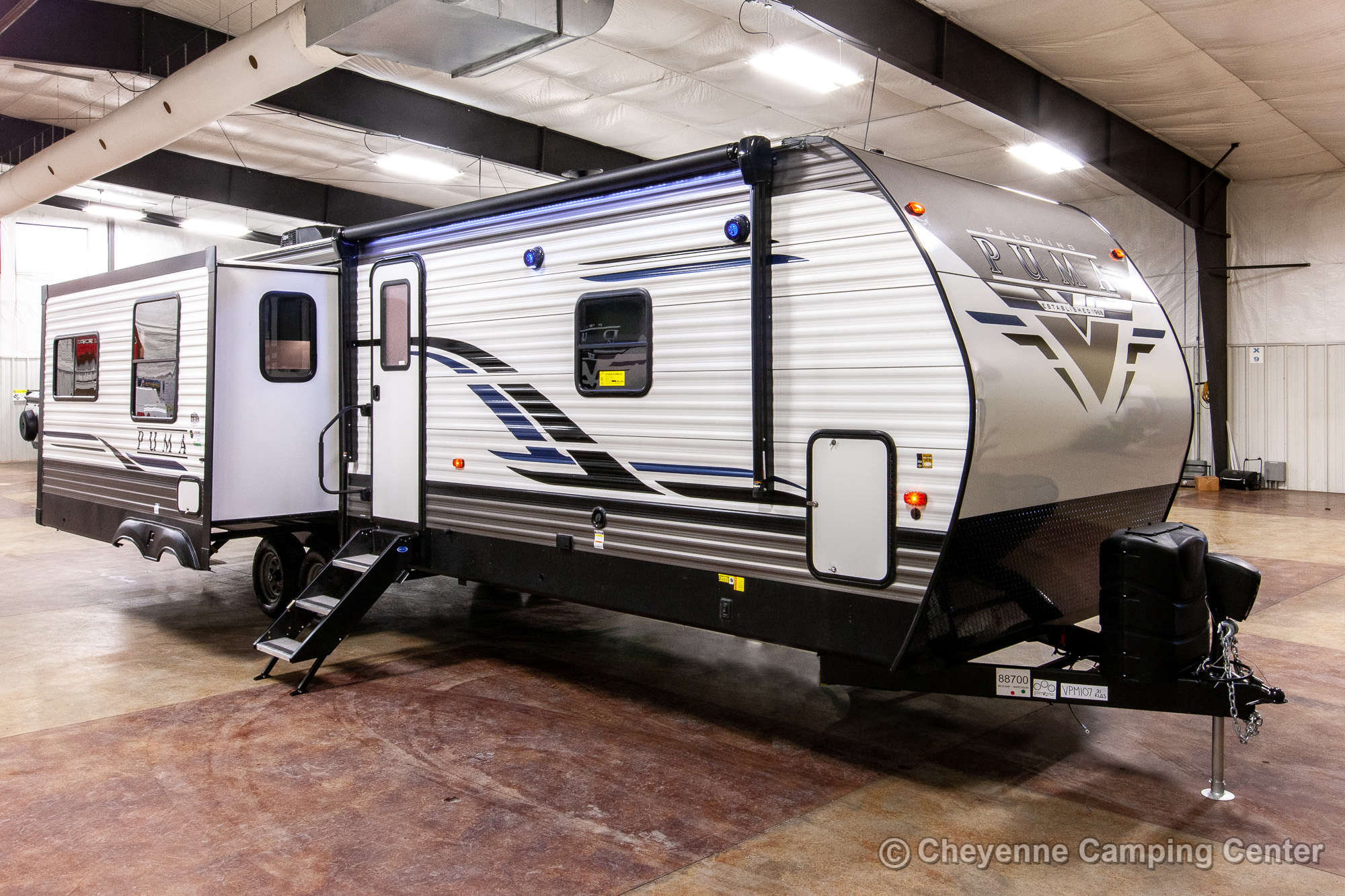 2021 Palomino Puma 31RLQS Travel Trailer