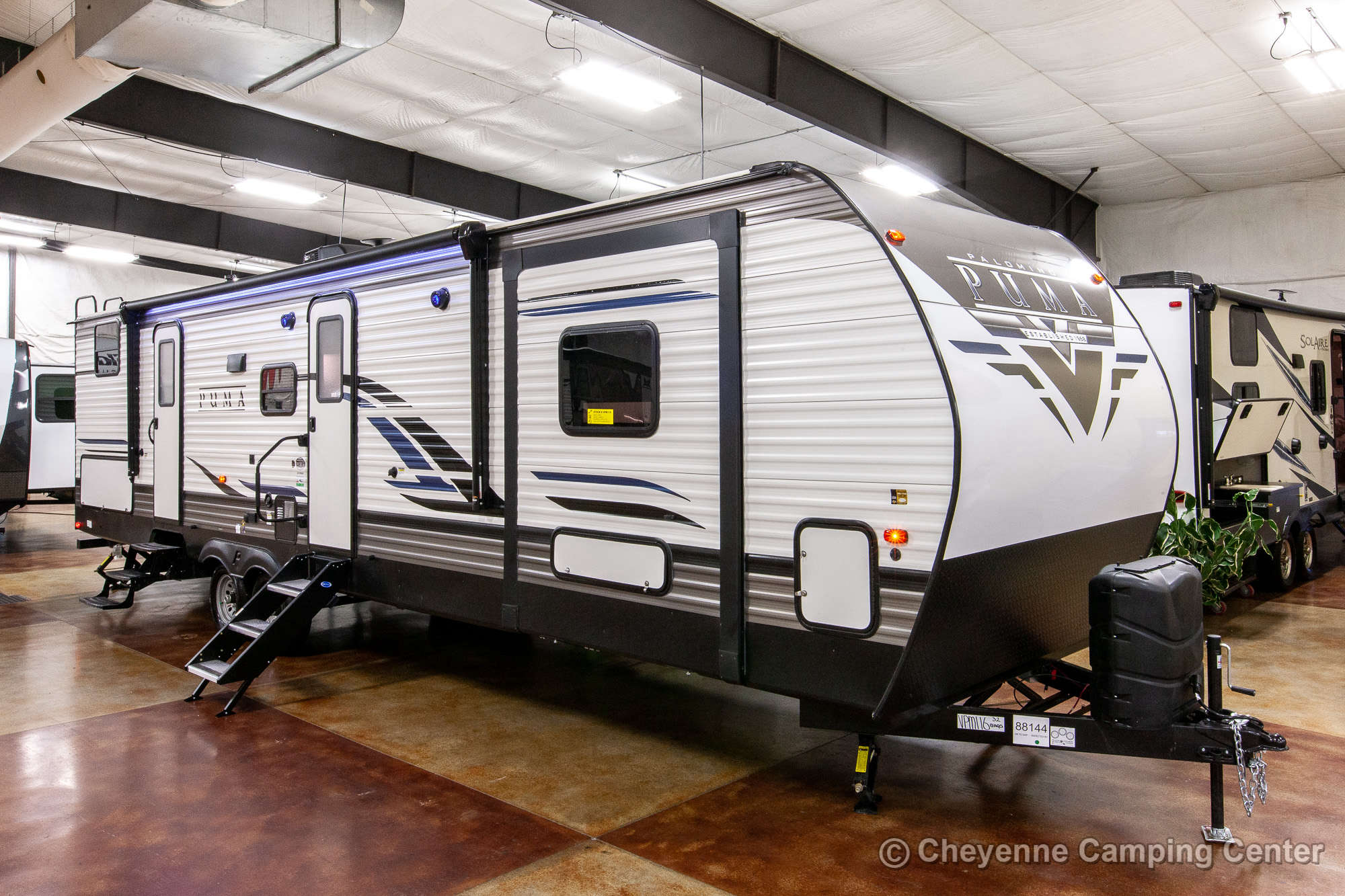 2021 Palomino Puma 32BHQS Bunkhouse Travel Trailer