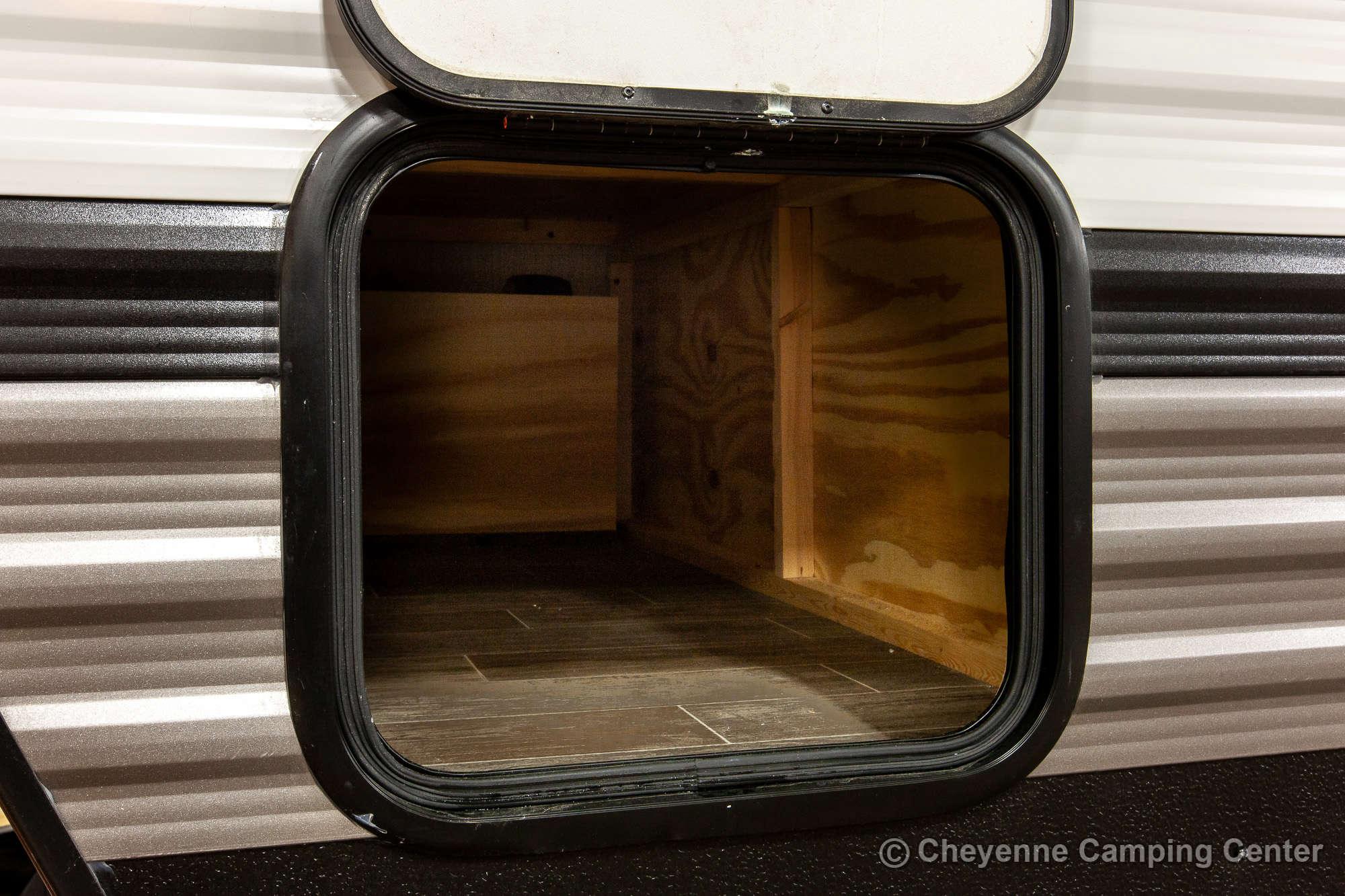 2020 Palomino Puma 32RBFQ Bunkhouse Travel Trailer Exterior Image