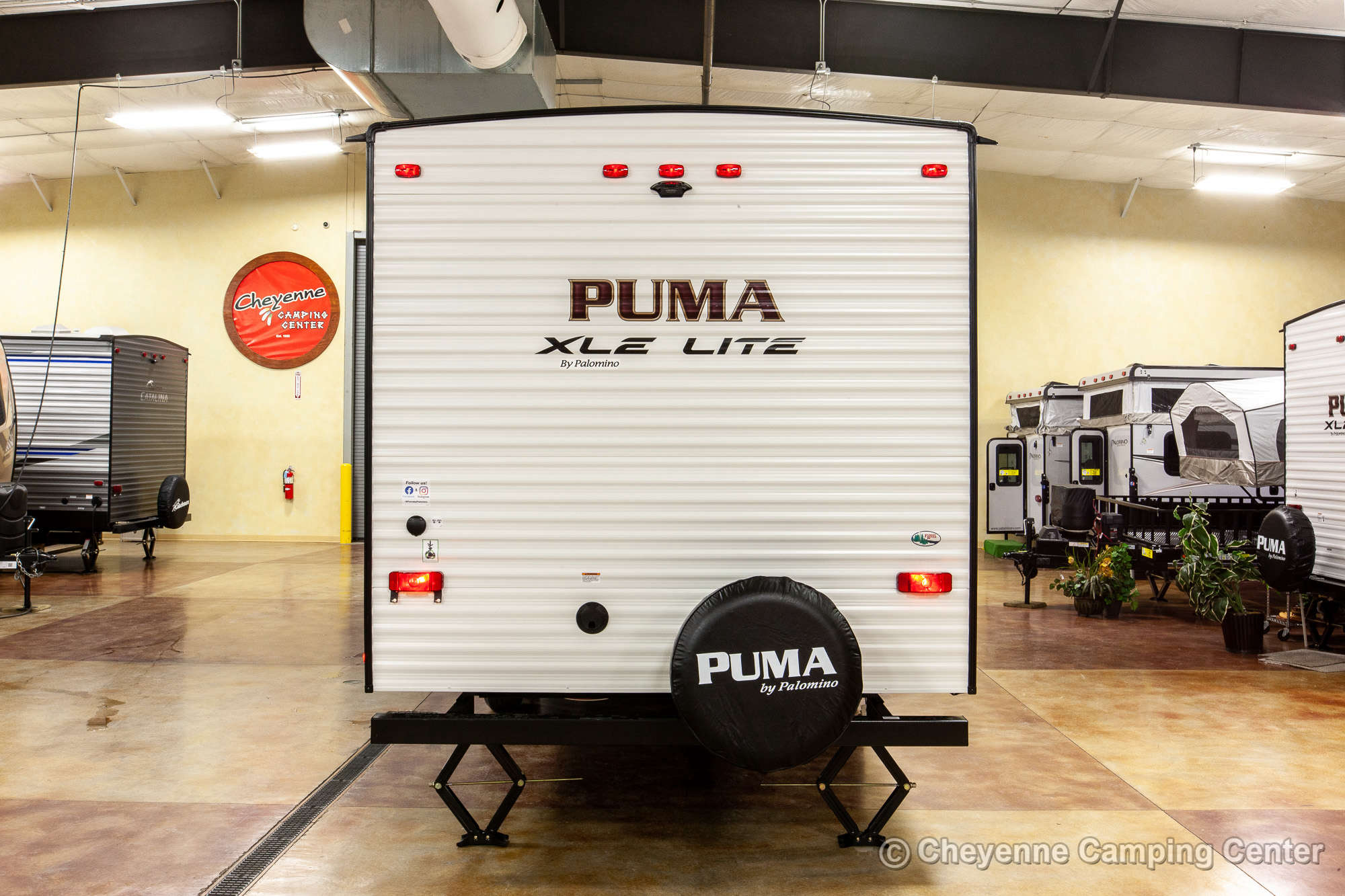 2021 Palomino Puma XLE Lite 30DBSC Bunkhouse Travel Trailer Exterior Image