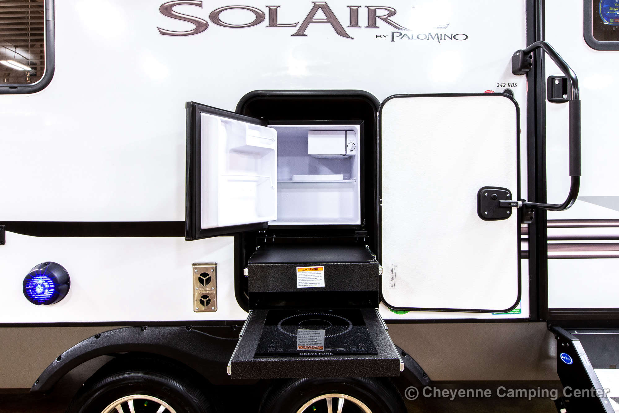 2021 Palomino SolAire Ultra Lite 242RBS Travel Trailer Exterior Image