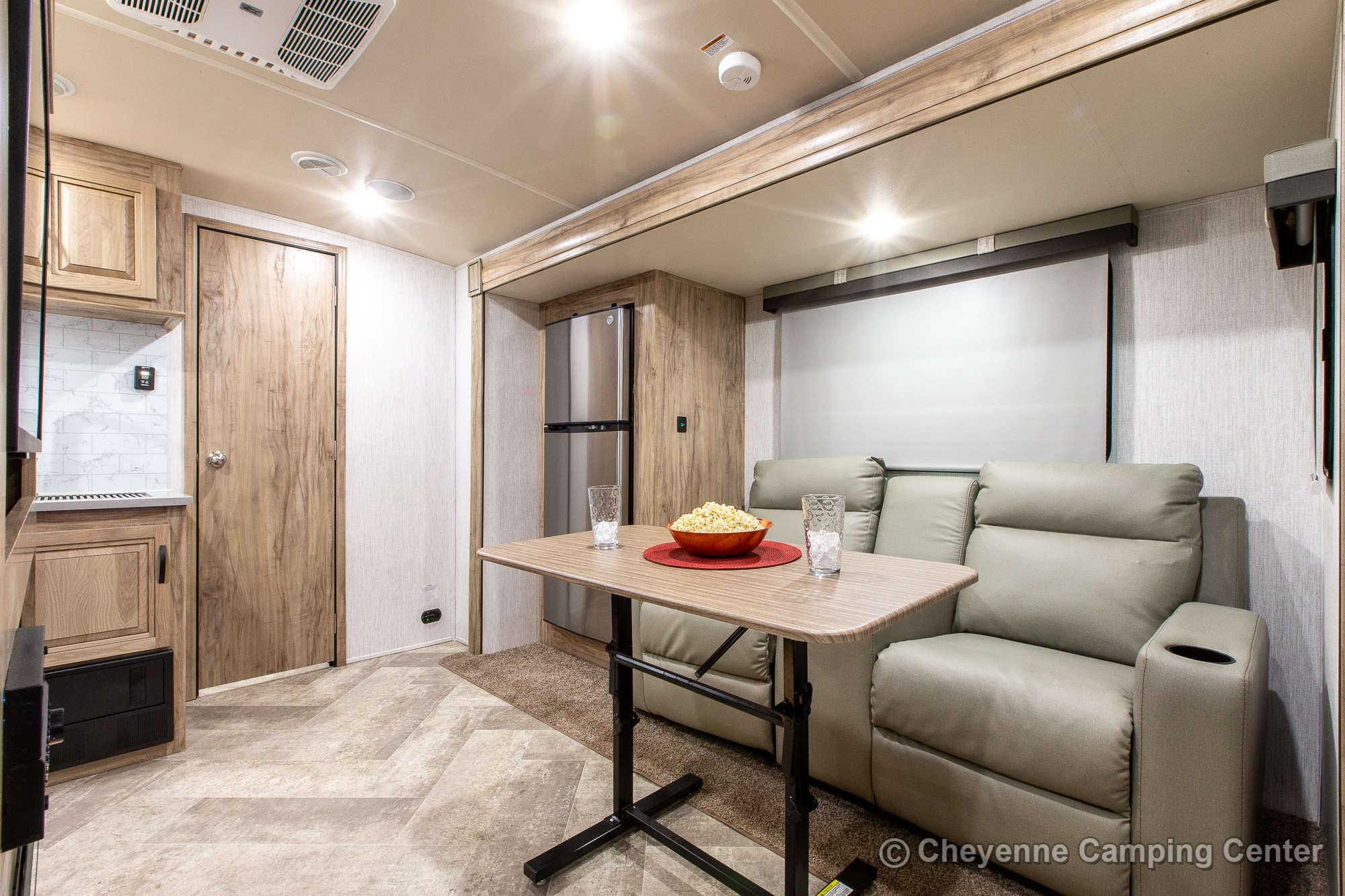 2021 Palomino SolAire Ultra Lite 242RBS Travel Trailer Interior Image