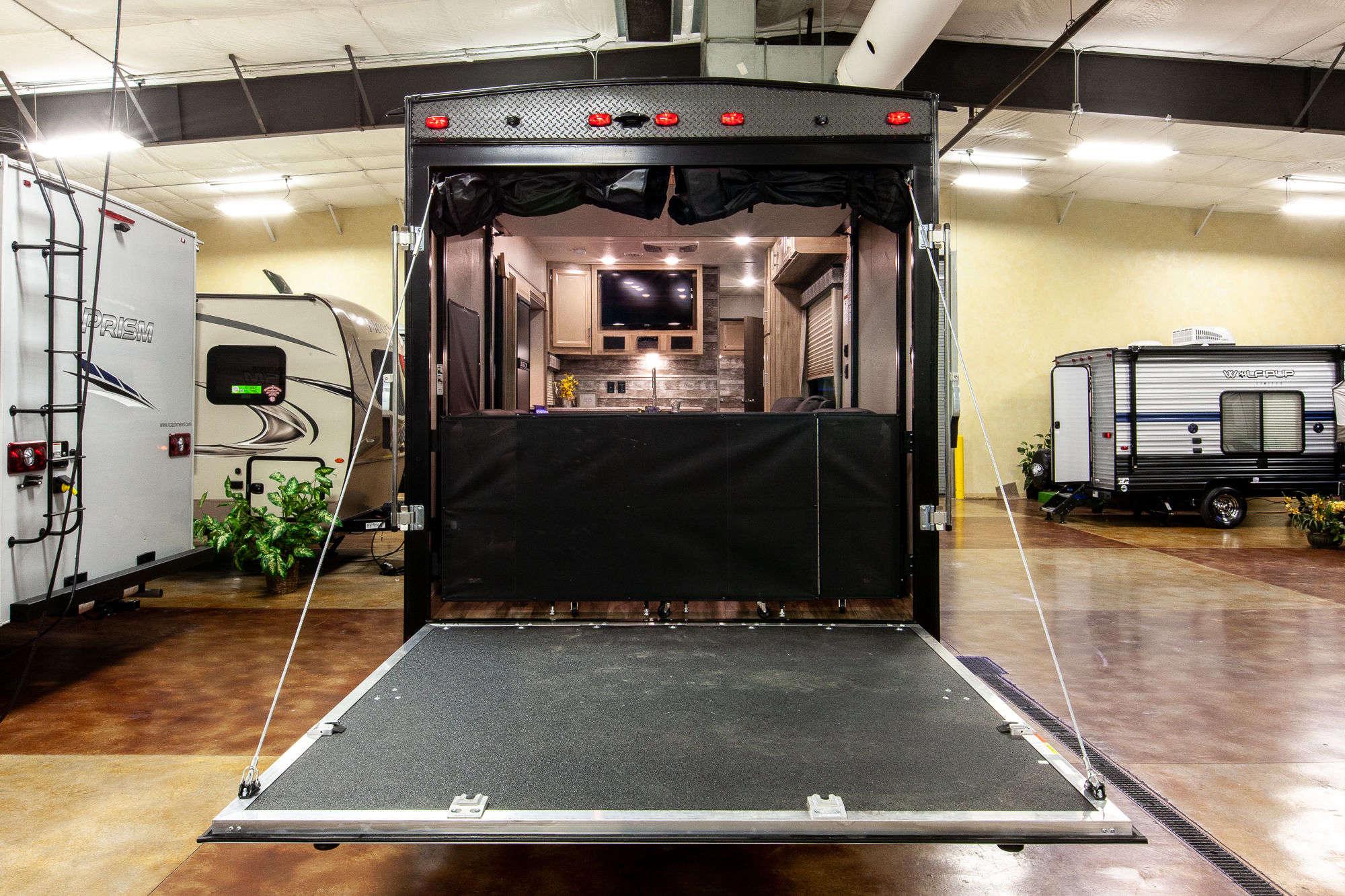 2021 Coachmen Catalina Trail Blazer 28THS Bunkhouse Toy Hauler Travel Trailer Exterior Image