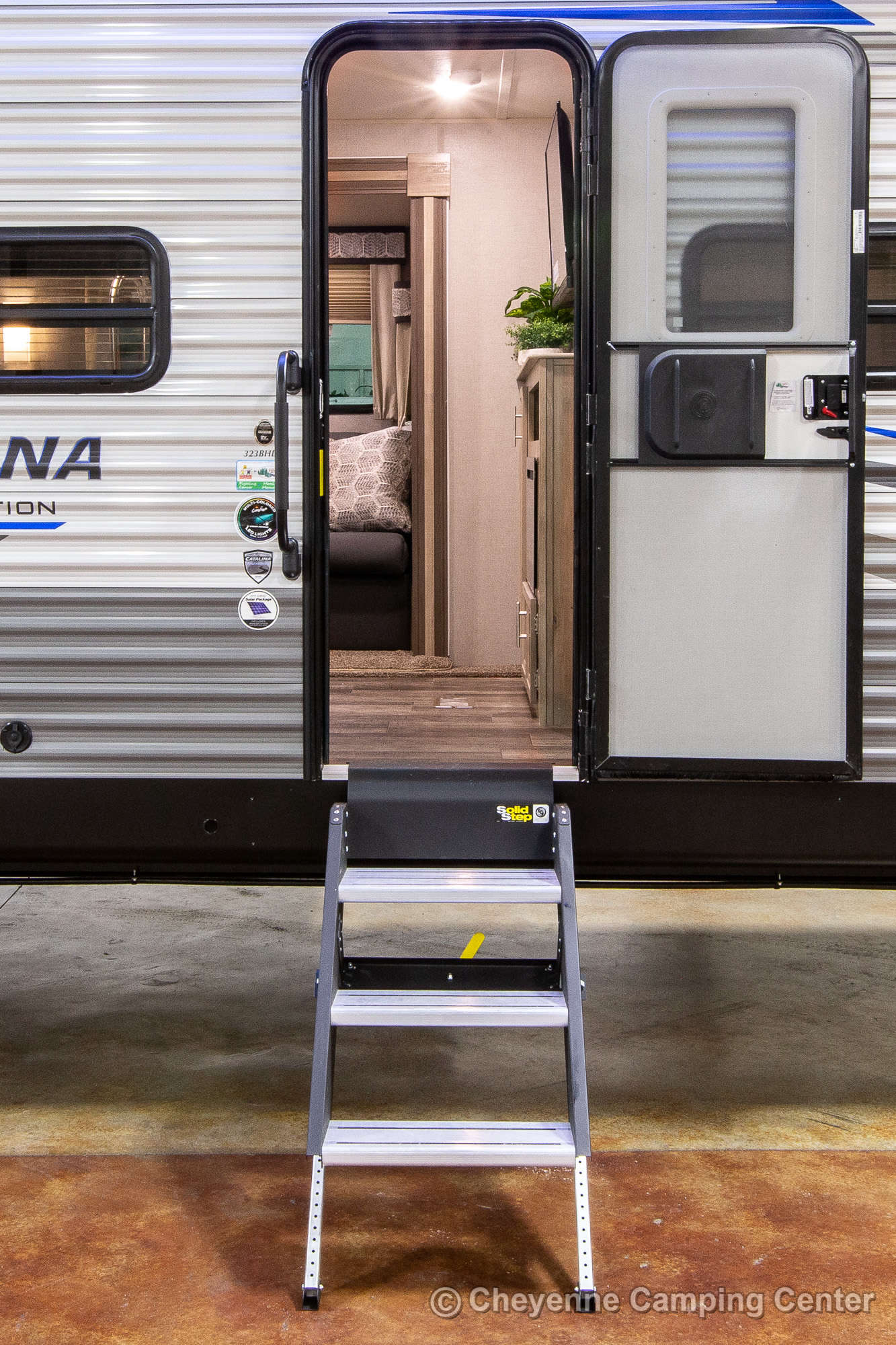 2022 Coachmen Catalina Legacy Edition 323BHDSCK Bunkhouse Travel Trailer Exterior Image