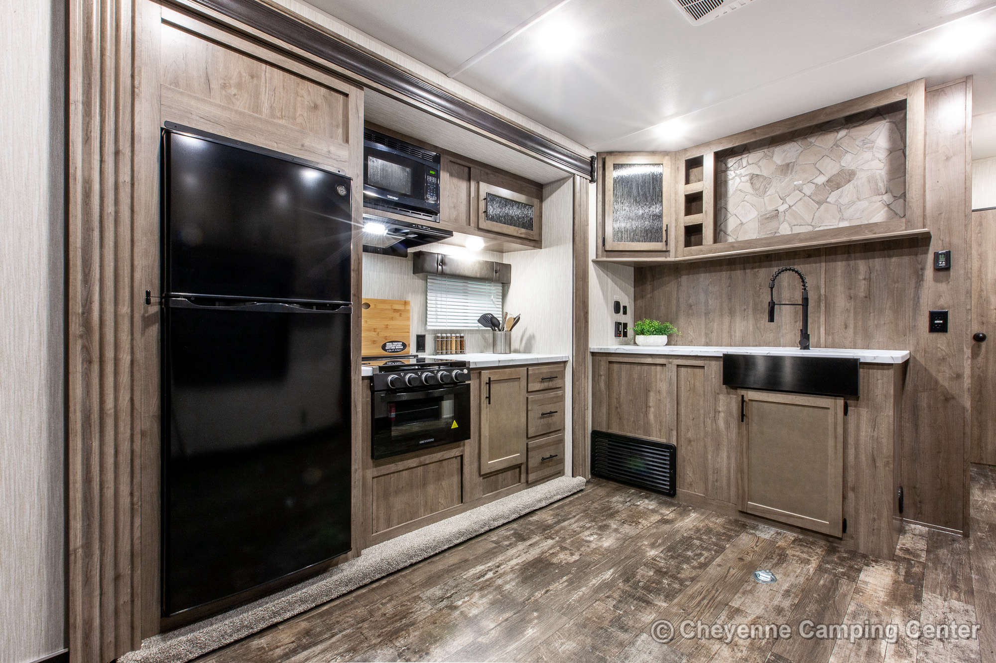 2021 Forest River Cherokee Wolf Pack 23PACK15 Bunkhouse Toy Hauler Travel Trailer Interior Image