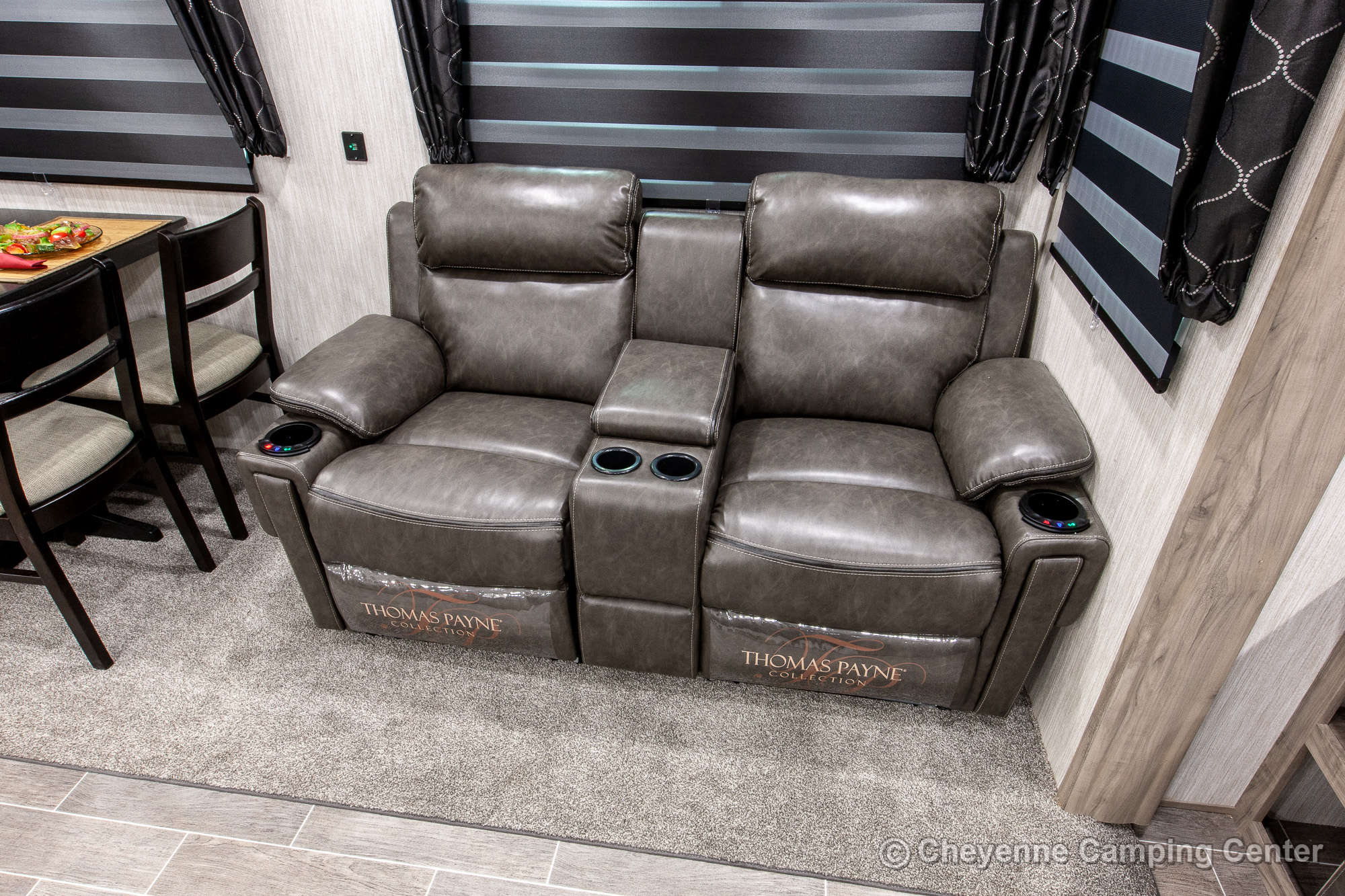 2020 Forest River Cherokee Arctic Wolf 291RL Fifth Wheel Interior Image