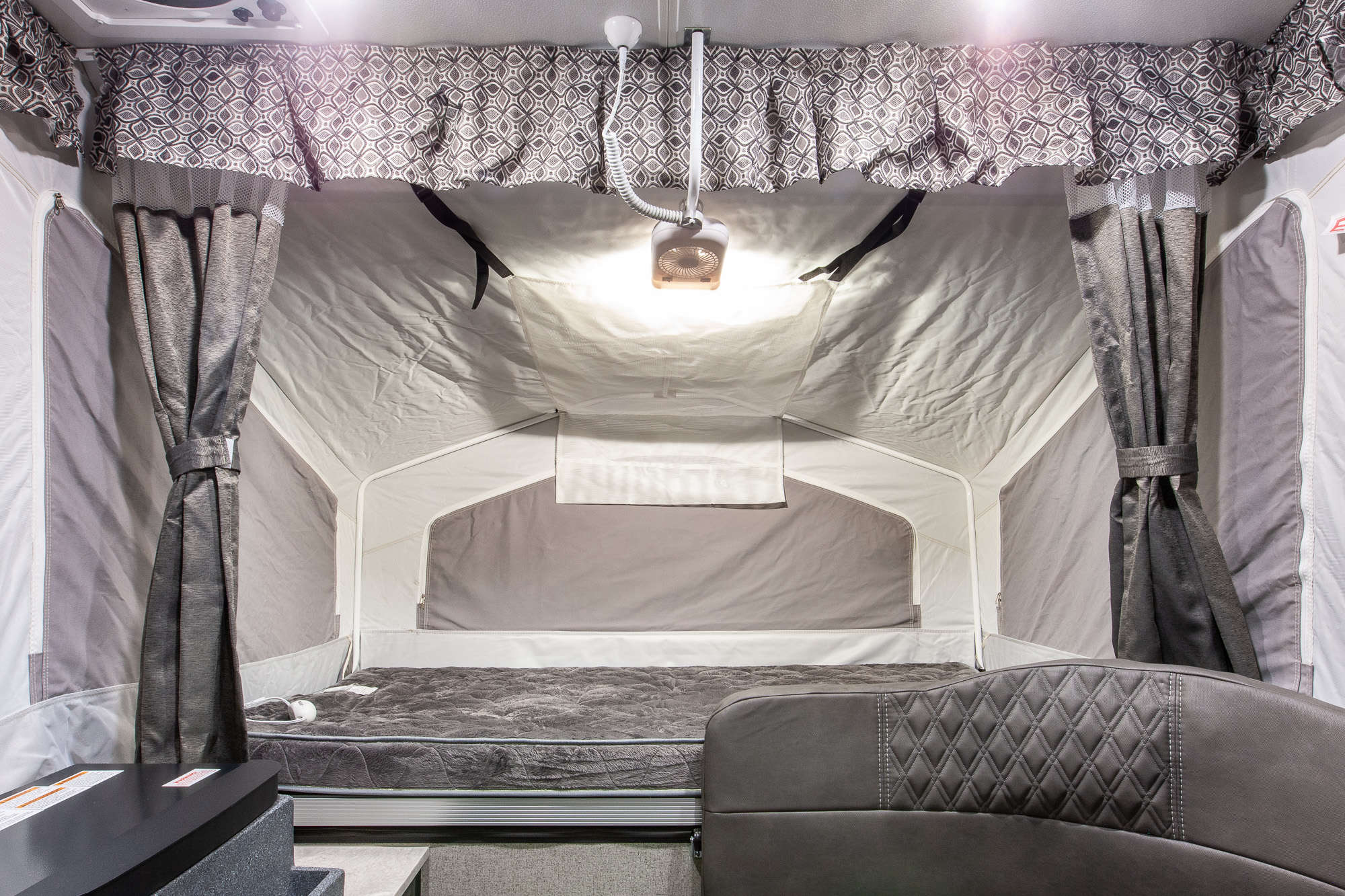 2020 Forest River Flagstaff Sports Enthusiast 176SE Folding Camper Interior Image
