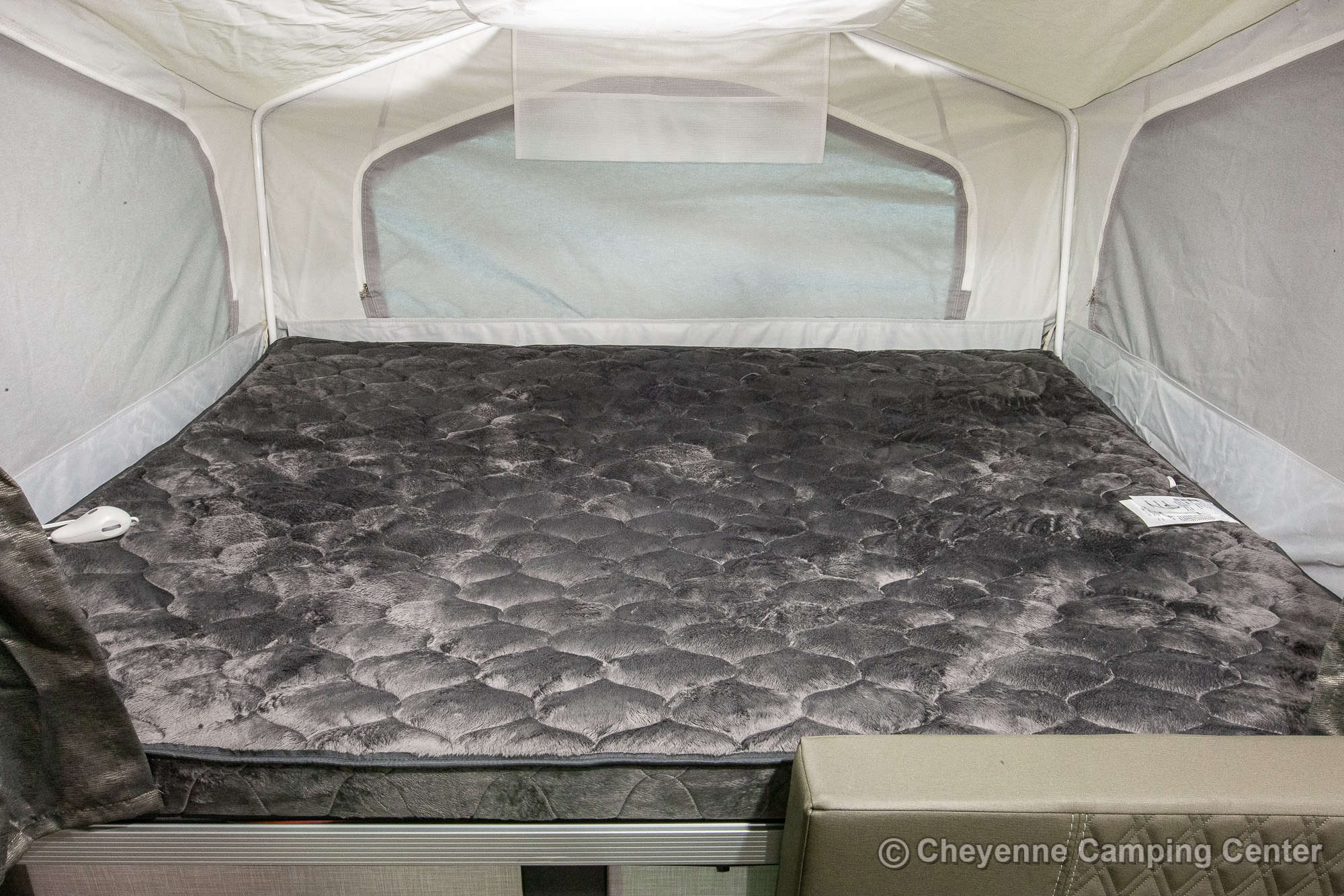 2021 Forest River Flagstaff Sports Enthusiast 228BHSE Folding Camper Interior Image