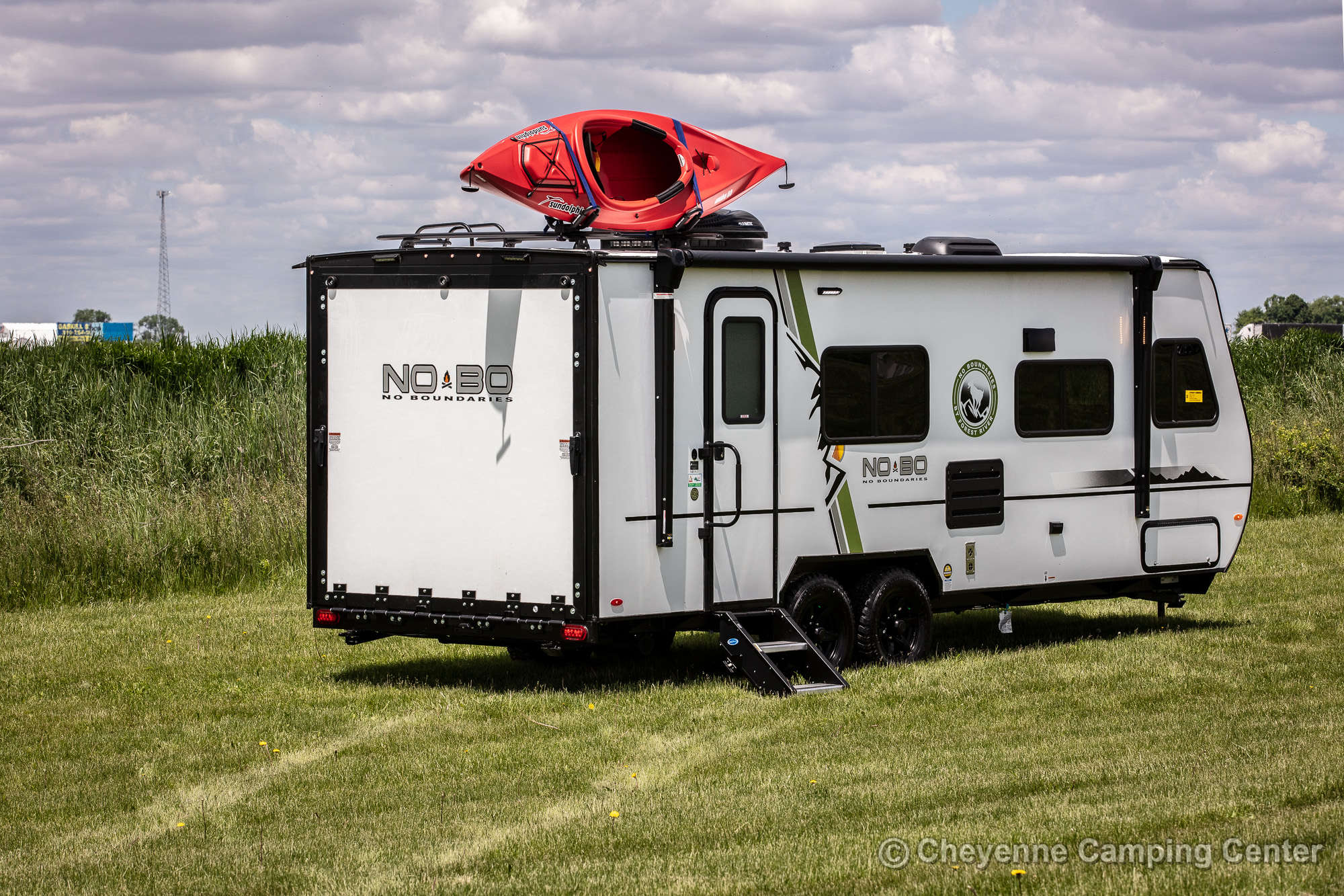 2021 Forest River No Boundaries 19.1 Toy Hauler Travel Trailer Exterior Image
