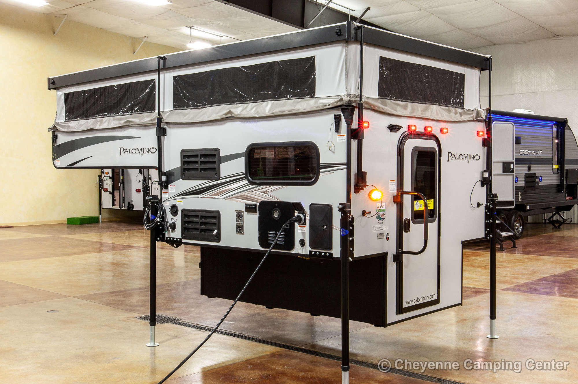 2021 Palomino BackPack SS-550 Truck Camper Exterior Image