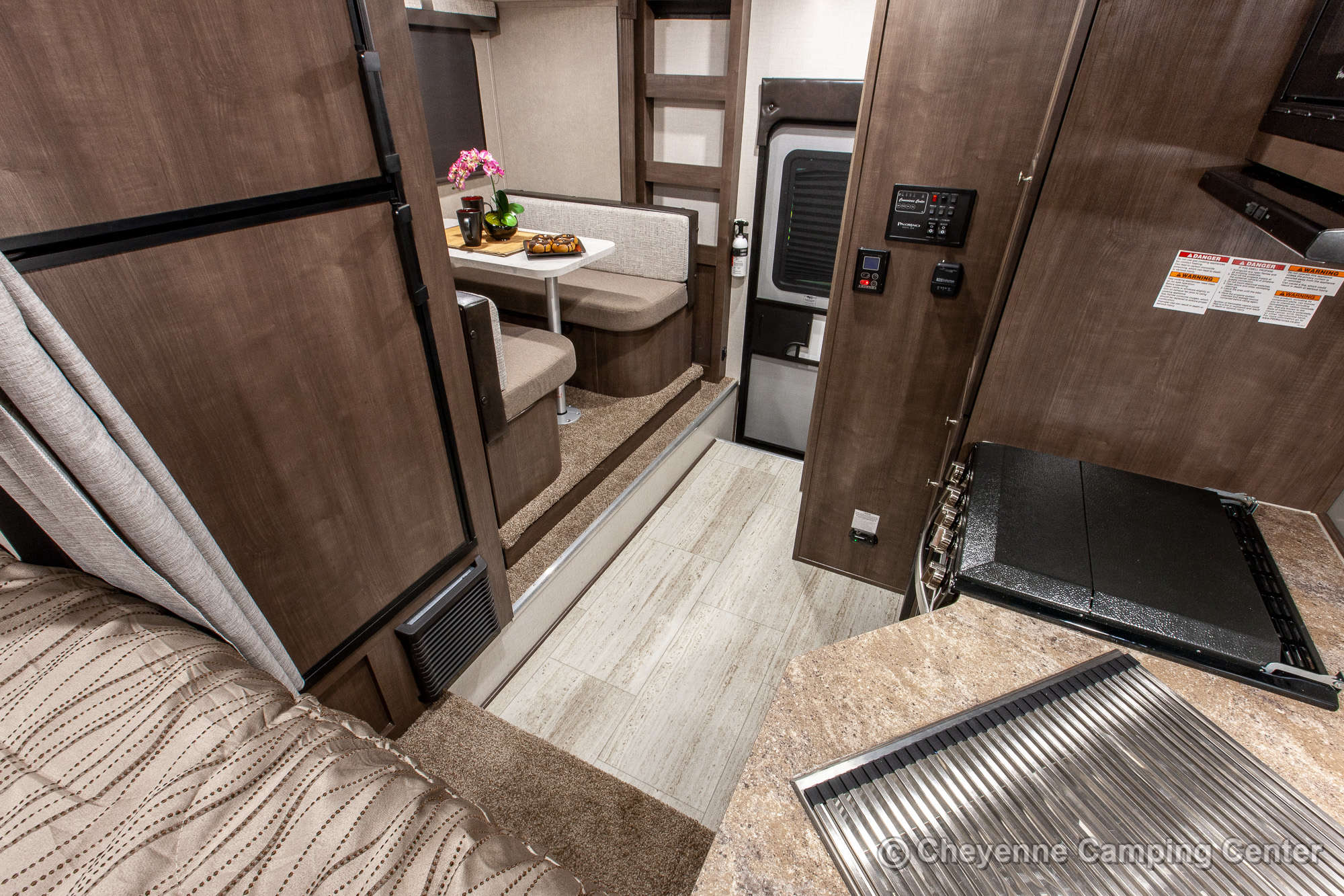 2021 Palomino BackPack HS-2902 Truck Camper Interior Image
