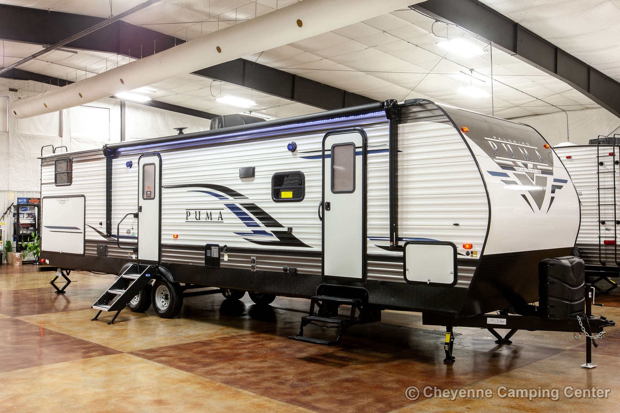 2021 Palomino Puma 31QBBH Bunkhouse Travel Trailer