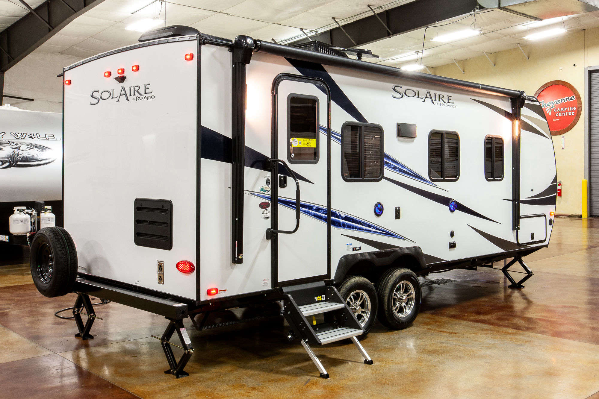 2020 Palomino SolAire Ultra Lite 205SS Travel Trailer Exterior Image