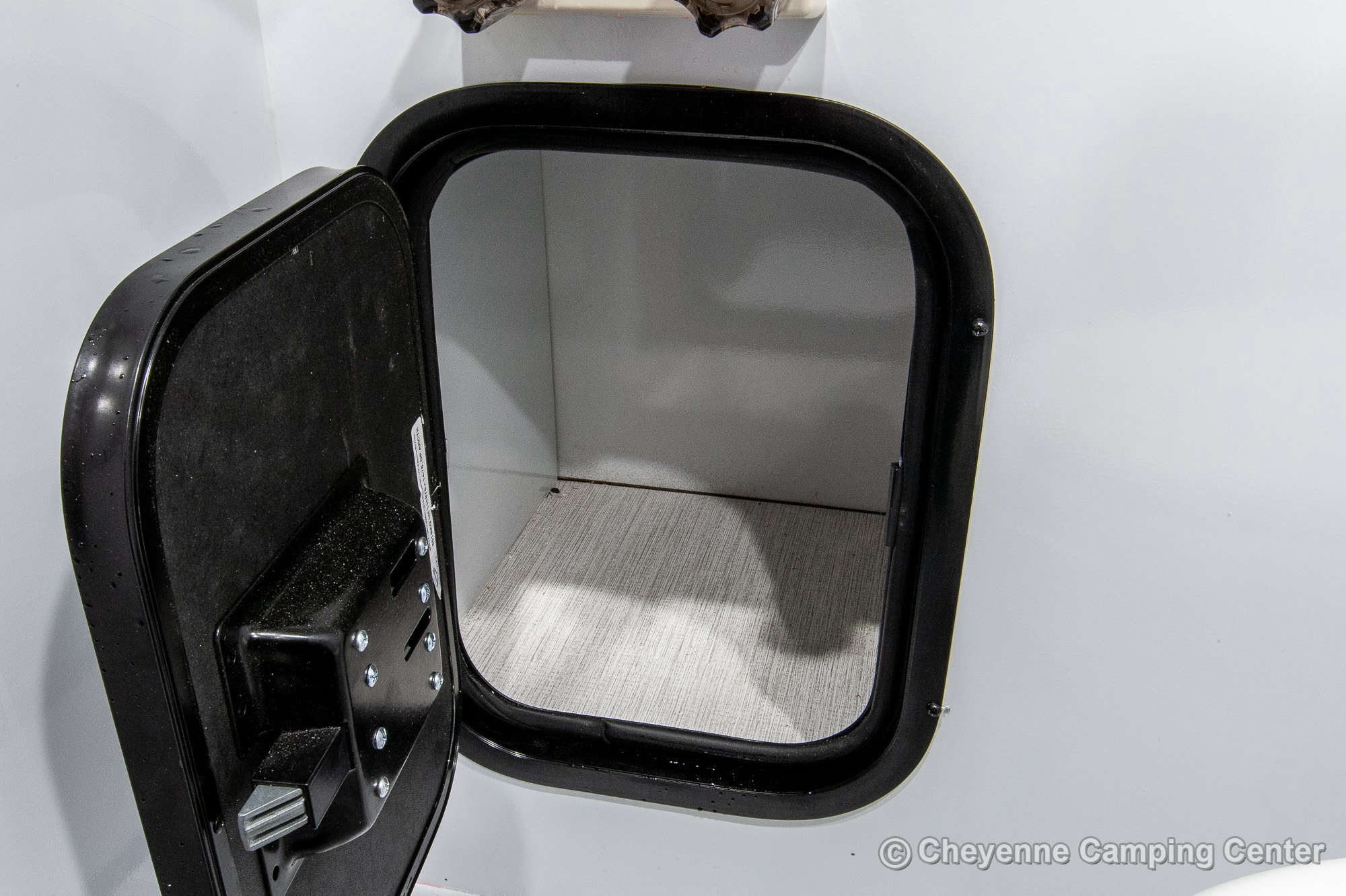 2021 Palomino BackPack SS-1251 Truck Camper Interior Image